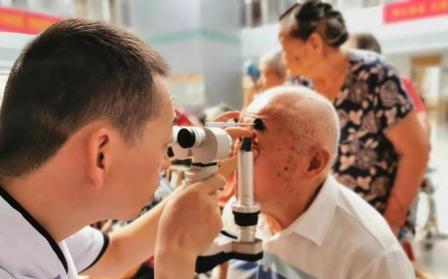 合肥名人眼科解答白内障相关问题